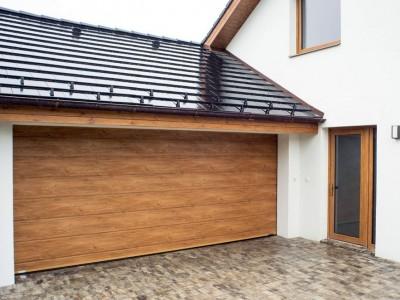 design garážových vrat drážka (imitace dřeva winchester)