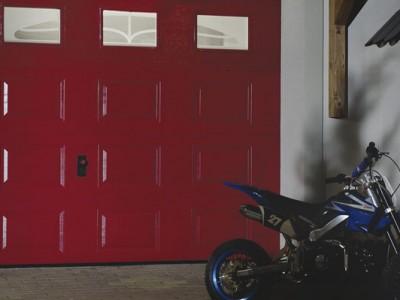 design garážových vrat kazeta, okénka s dekorační sadou