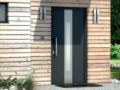 Dveře s jednostranně překrytou výplní šedé
